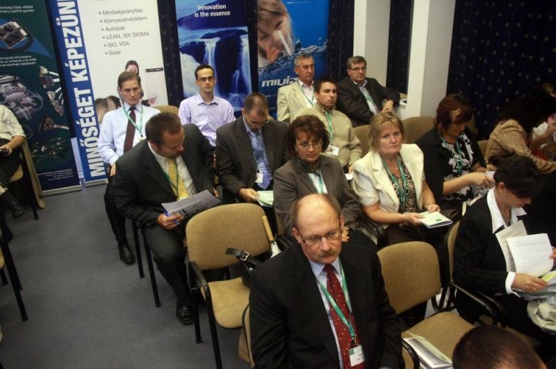 XIX. Nemzeti Konferencia: Plenáris értekezlet és ebéd fotói