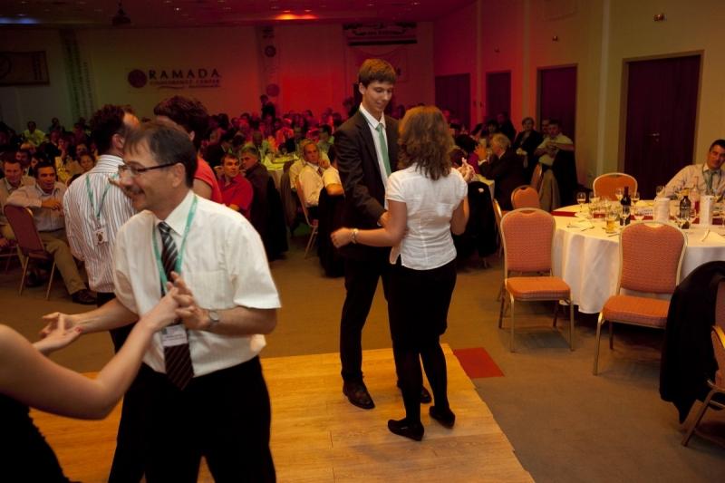 XX. Nemzeti Konferencia szabadidős programok fotói (1.) - Az ISO 9000 FÓRUM 2013. szeptember 12-13. között rendezte meg Balatonalmádiban a RAMADA Balaton Hotelben a jubileumi XX. Nemzeti Konferenciát. A rendezvényen 420 fő vett részt, aki a szabadidőt is hasznosan kihasználva jól érezték magukat.