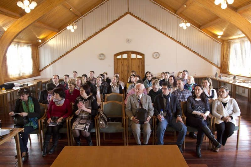 Immár hagyományossá vált a herendi látogatás - Az ISO 9000 FÓRUM Egyesület már egy évtizede szervez szakmai látogatásokat a Herendi Porcelánmanufaktúrába. A látogatás jó hangulata és sikere kimaradhatatlan! A résztvevő 40 fő igen jól érezte magát.