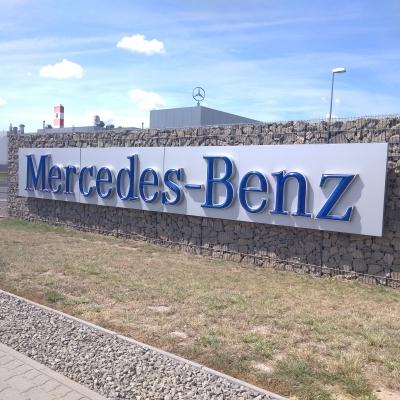 """""""Lemezből autó"""" – Gyárlátogatás a Mercedes-Benznél"""
